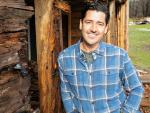 NKOTB Singer Jonathan Knight Is Now a 'Farmhouse Fixer' in New HGTV Series