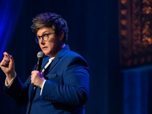 Hannah Gadsby Gives Netflix the Middle Finger Over Dave Chappelle